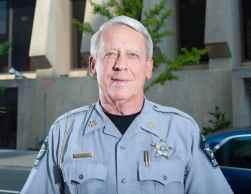 Foto del alguacil Donnie Harrison