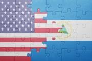 Bandera de Nicaragua y Estados Unidos