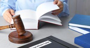 Se triplica número de casos pendientes en Corte de Inmigración de las Carolinas