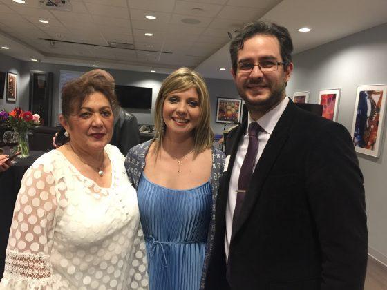 Paulina Gomez, Cindy Latorre, y Alvaro Gurdian