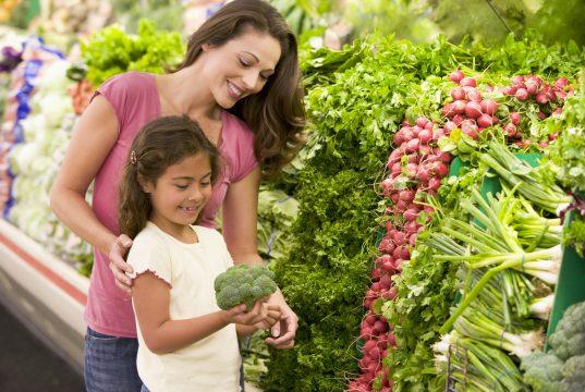 En abril algunas familias recibirán por adelantado entrega de alimentos de WIC