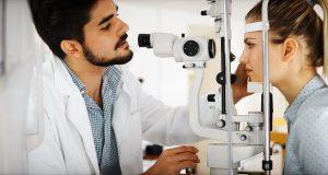 Realizan exámenes gratuitos de la vista en Charlotte