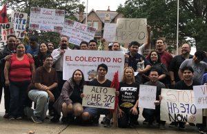 Insisten a gobernador que se comprometa a vetar proyecto antiinmigrante