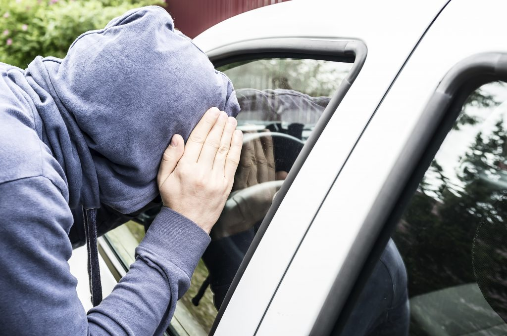 Piden precaución ante ola de robo de vehículos en Henderson