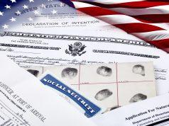 Nuevo director del USCIS bloquea el acceso a la ciudadanía y al asilo
