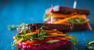 Veganos: Qué hacer cuando un miembro de la familia cambia su forma de comer