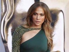 Jennifer López luce deslumbrante a sus 50 años ¿Cuál es su secreto?