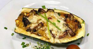 Canoas de zucchini rellenas de vegetales