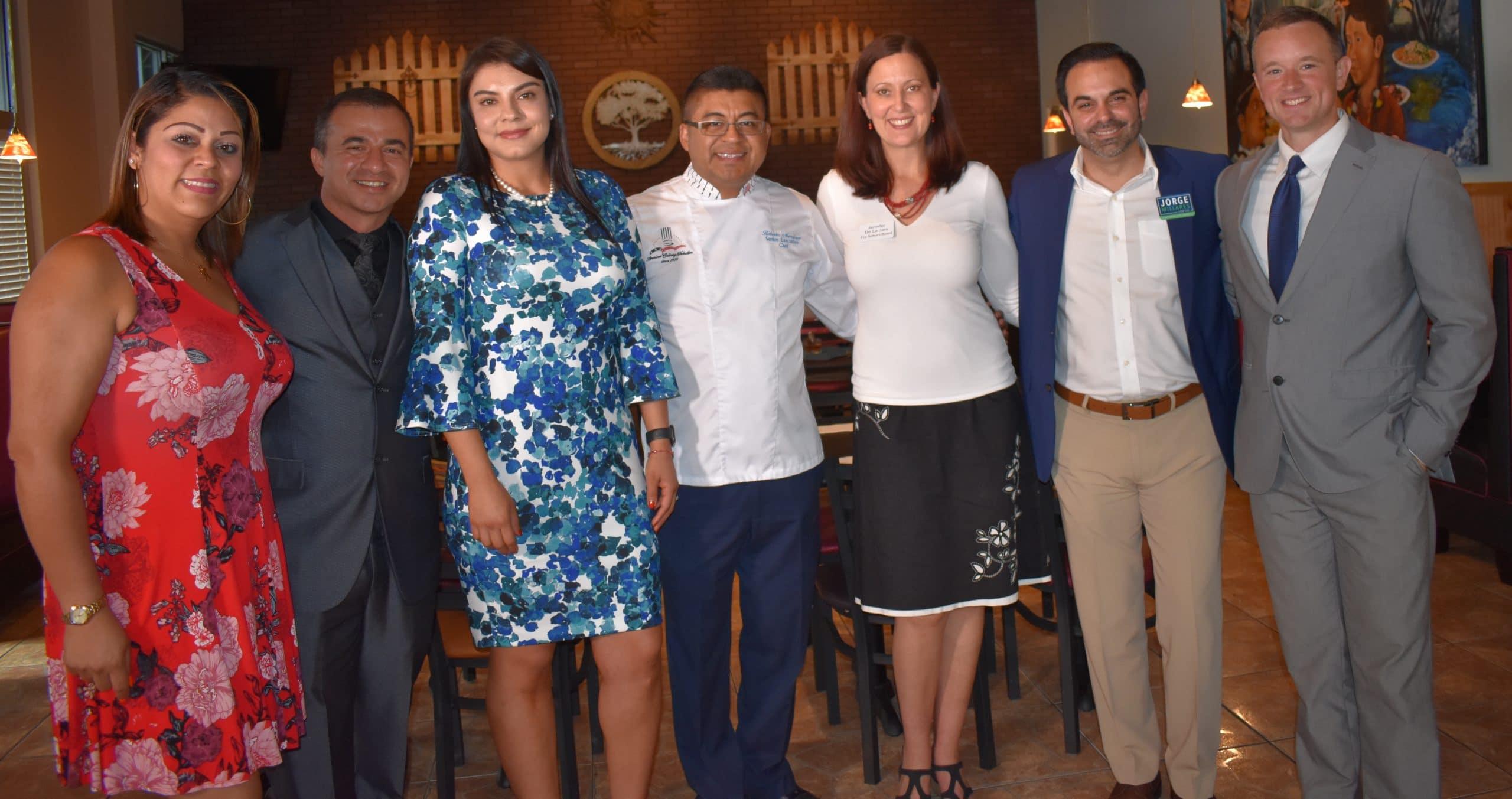 Nobles ideas y buena comida se dieron cita en presentación de candidatos
