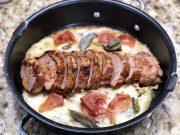 Lomo de cerdo horneado sobre cama de puré gratinado de papas