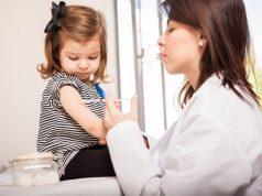 Autoridades advierten que niños sin vacunas reglamentarias no podrán asistir a clases