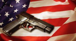 Más de 3,000 latinos mueren al año en Estados Unidos por armas de fuego