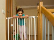 Consejos de seguridad en el hogar cuando los niños empiezan a caminar