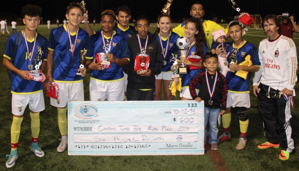 FEF levantó el trofeo de Campeón del Torneo Mixto