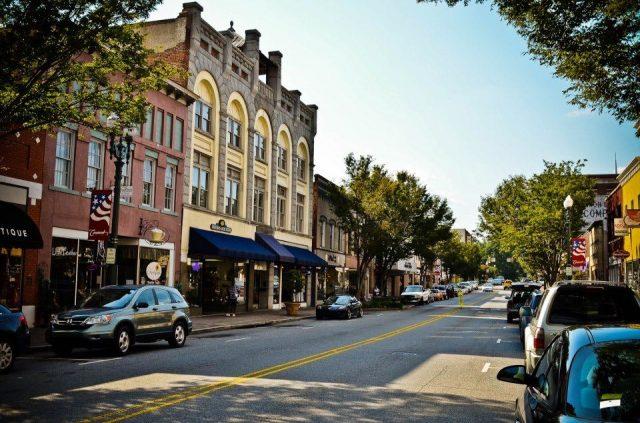 ¿Qué ciudades de Carolina del Norte están creciendo más rápidamente?