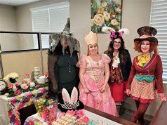 Latorre Law Firm celebra un colorido Halloween