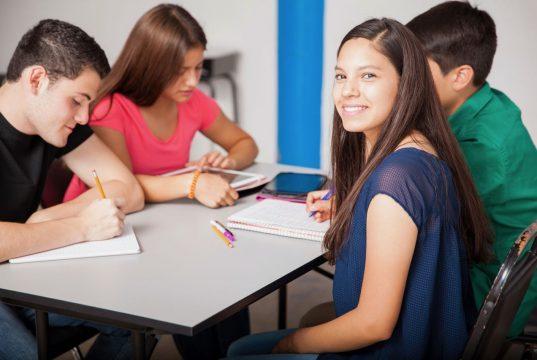 ¿Cómo enfrentar el estrés en los adolescentes?