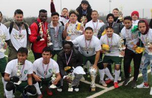 San José se llevó nuevamente el trofeo de campeón del Torneo Dominical