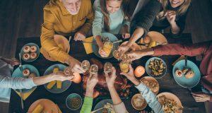 Las festividades no necesariamente significan comer mal o en exceso