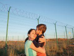 Organizaciones comunitarias de Durham realizan caravana hacia la frontera con México