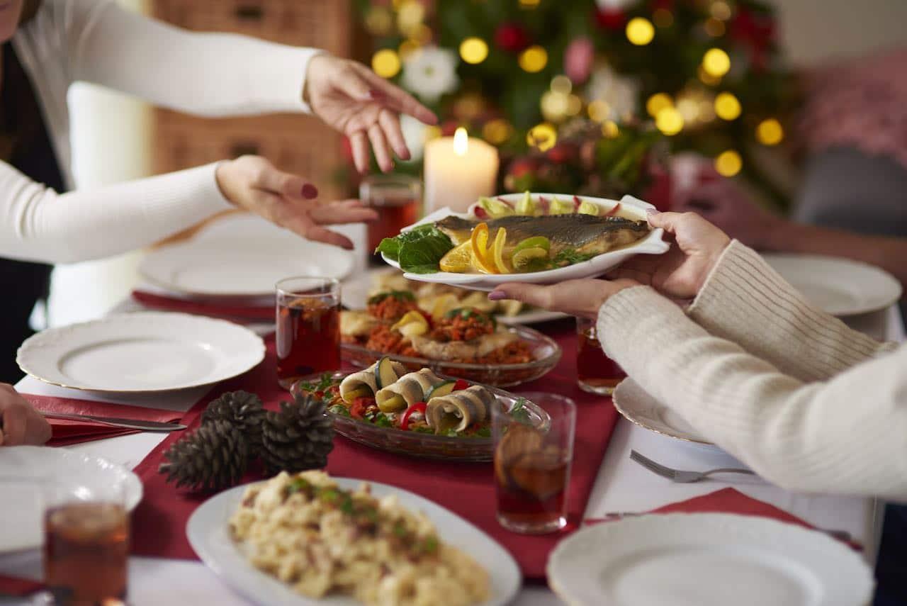 Consejos saludables para disfrutar la comida navideña