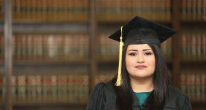 Inician inscripciones para becas a favor de estudiantes inmigrantes de Hendersonville