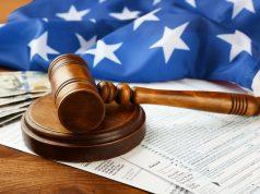 Corte Suprema permite negar residencia a inmigrantes que usen ciertos programas públicos
