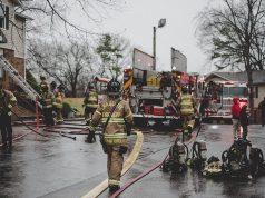 Incendio afecta ocho apartamentos en el suroeste de Charlotte