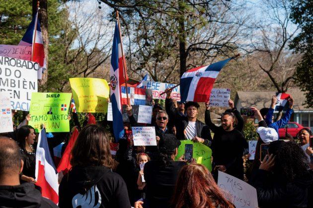Carolina del Norte se une a protestas internacionales contra gobierno dominicano
