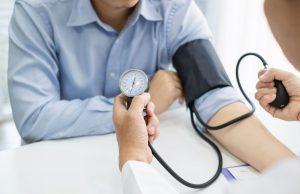 ¿Qué es y cómo controlar la presión arterial alta?