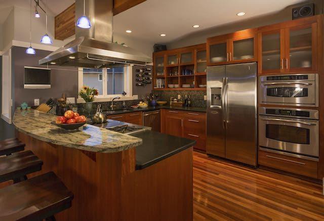 Bargain Basement Home Center: Electrodomésticos nuevos