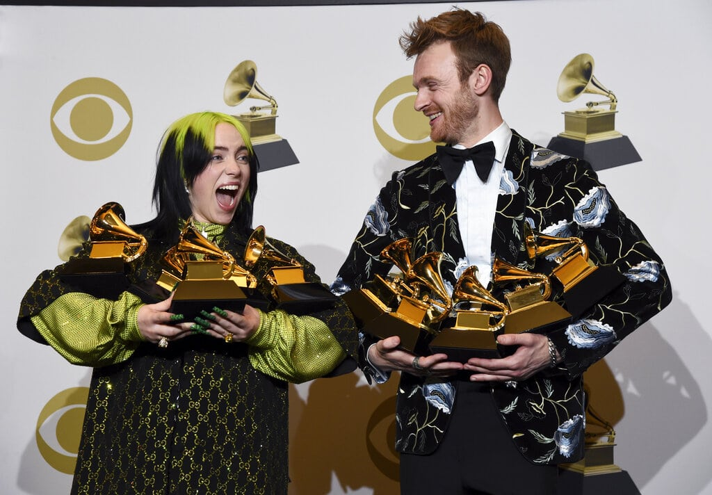 Finneas O'Connell, el hermano de Billie Eilish que la hace brillar
